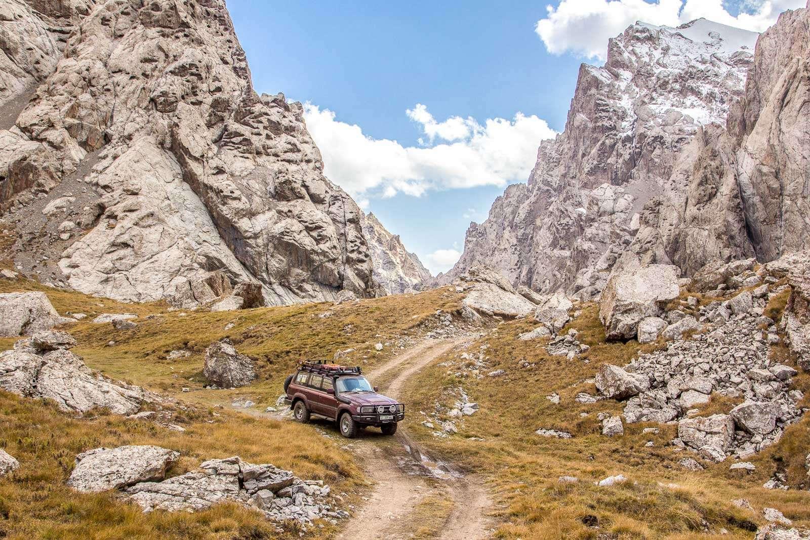 Kyrgystan 4x4 tours
